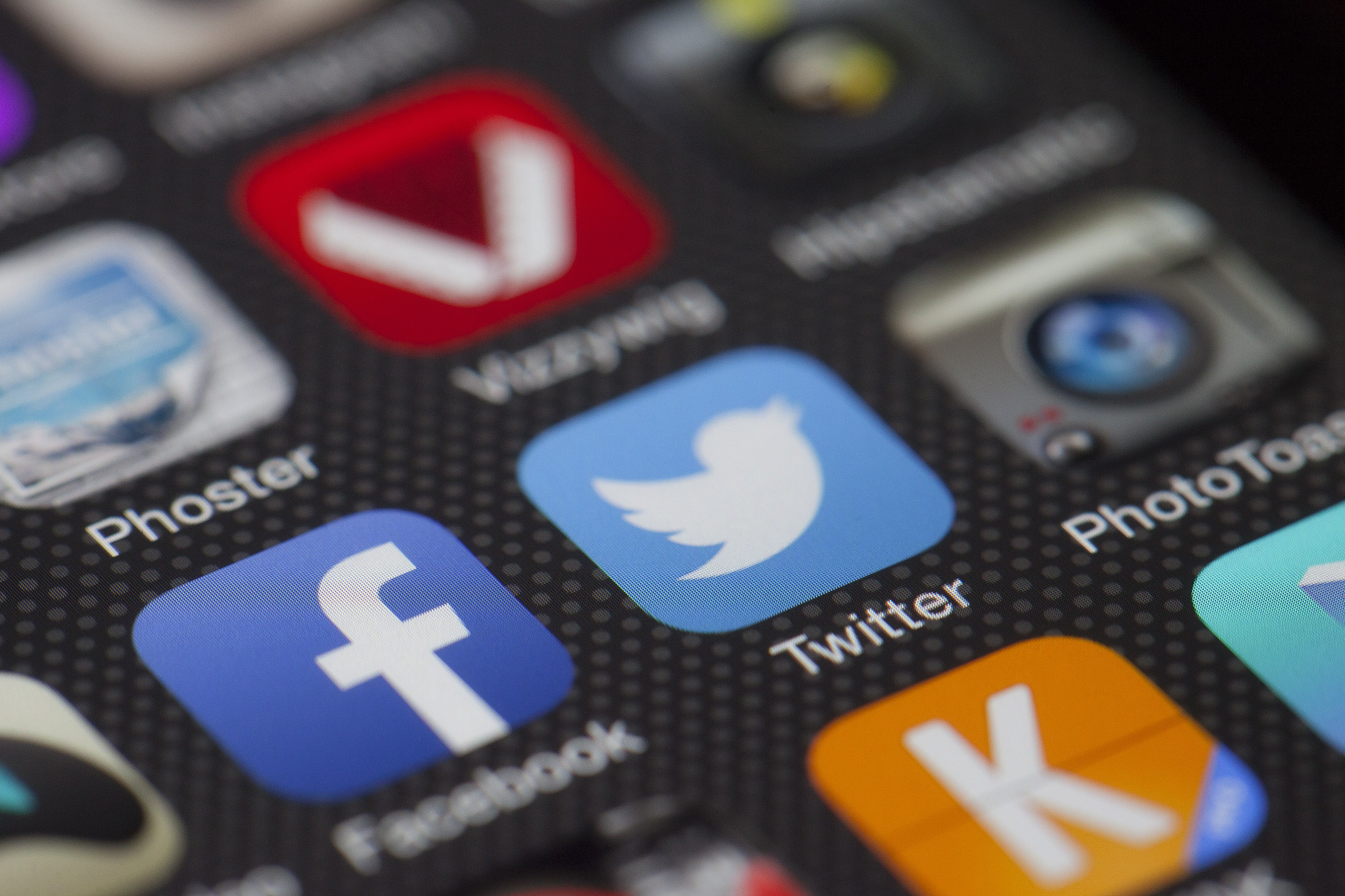 6 Ways to Leverage Social Media to Achieve Your Marketing Strategy