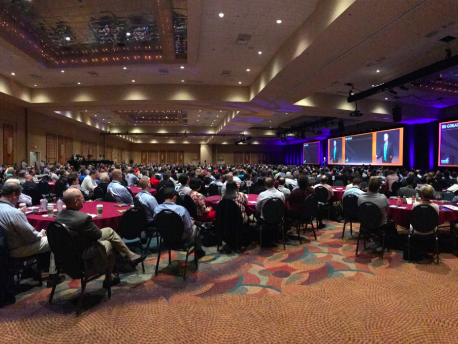 4 Ways to Leverage Social Media at Your Next Conference